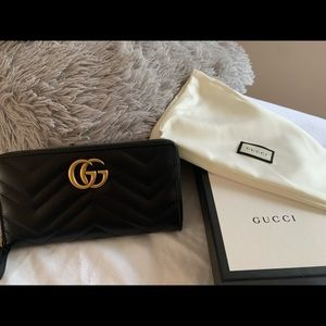 NWT Gucci Marmont Wallet